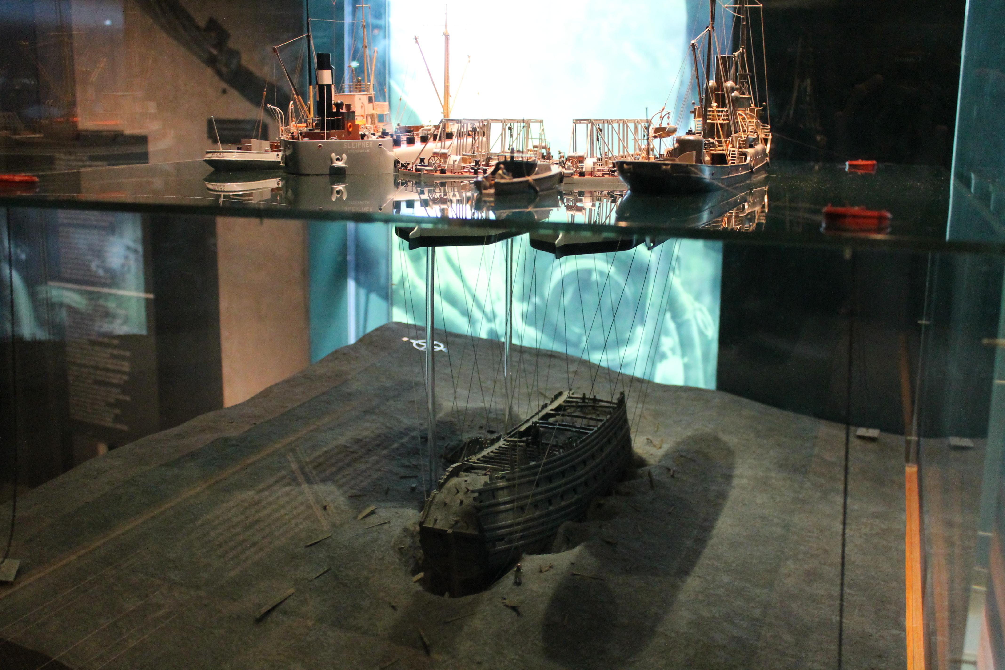 Как поднимали корабль Васа