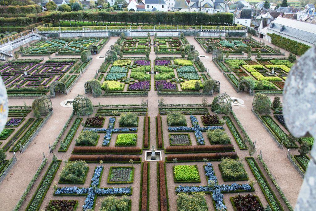 Декоративный сад-огород в замке Вилландри