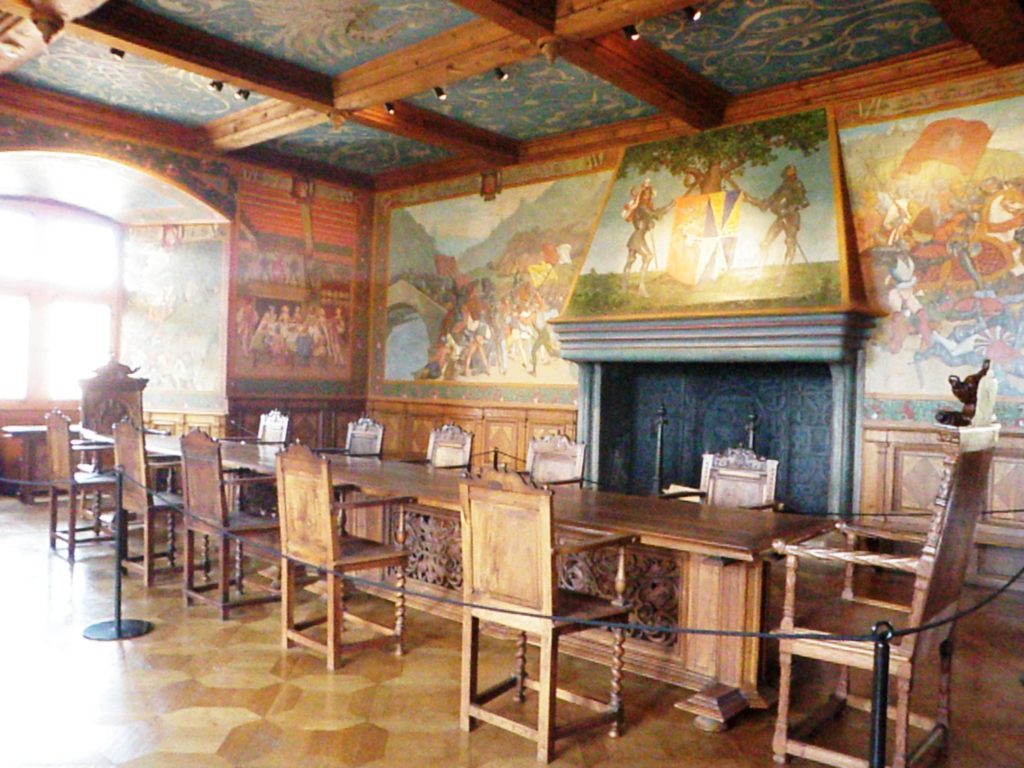 Интерьер замка Грюйер