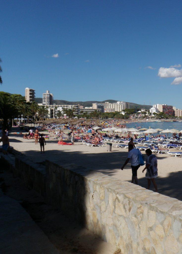 Пляж в Магалуфе