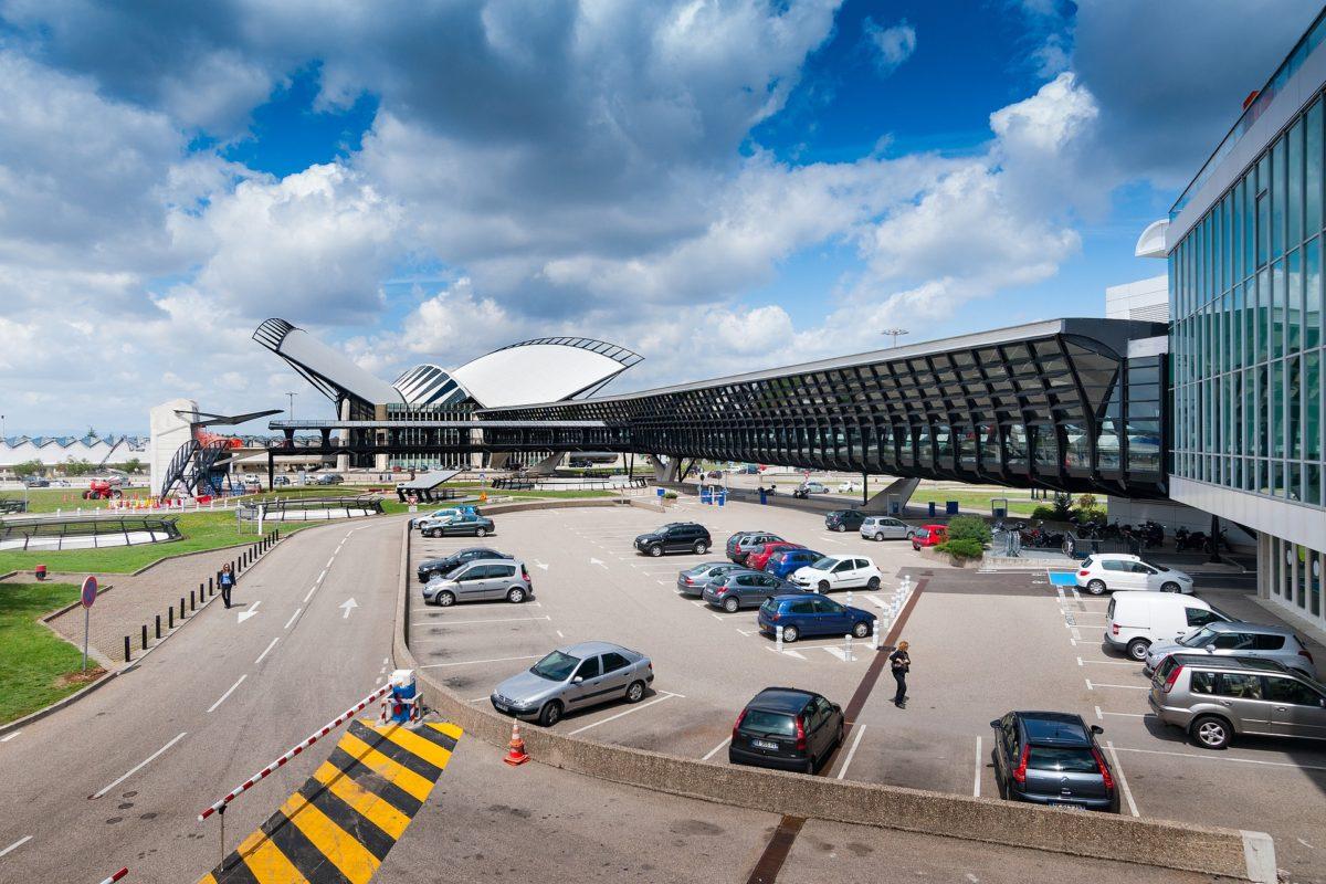Как добраться в Лион из аэропорта