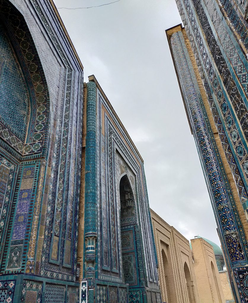 Достопримечательности Самарканда - мавзолеи Шахи Зинда
