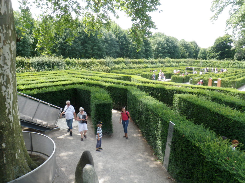 Лабиринт в парке Шенбрунн