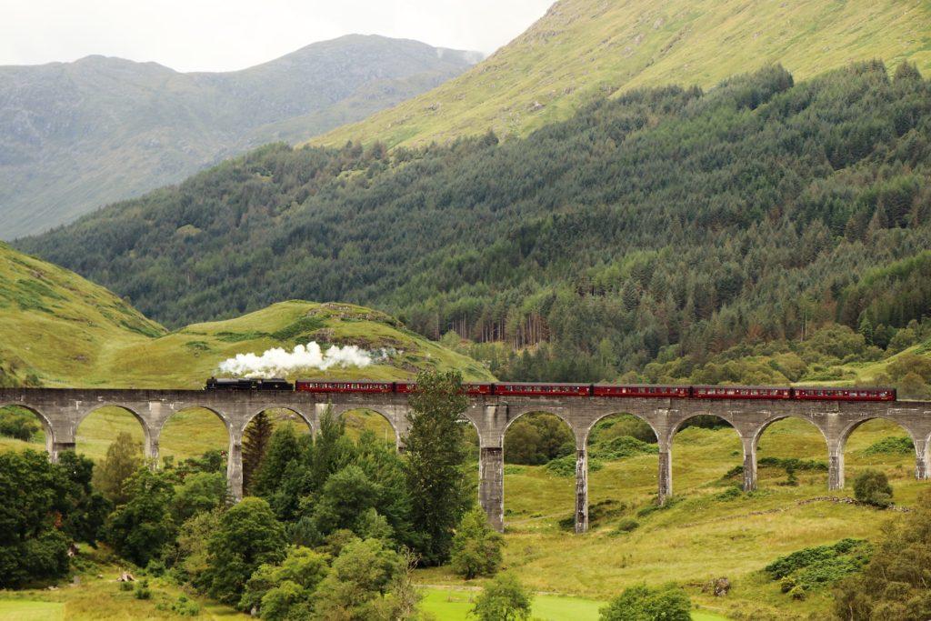Виадук Гленфиннан в Шотландии